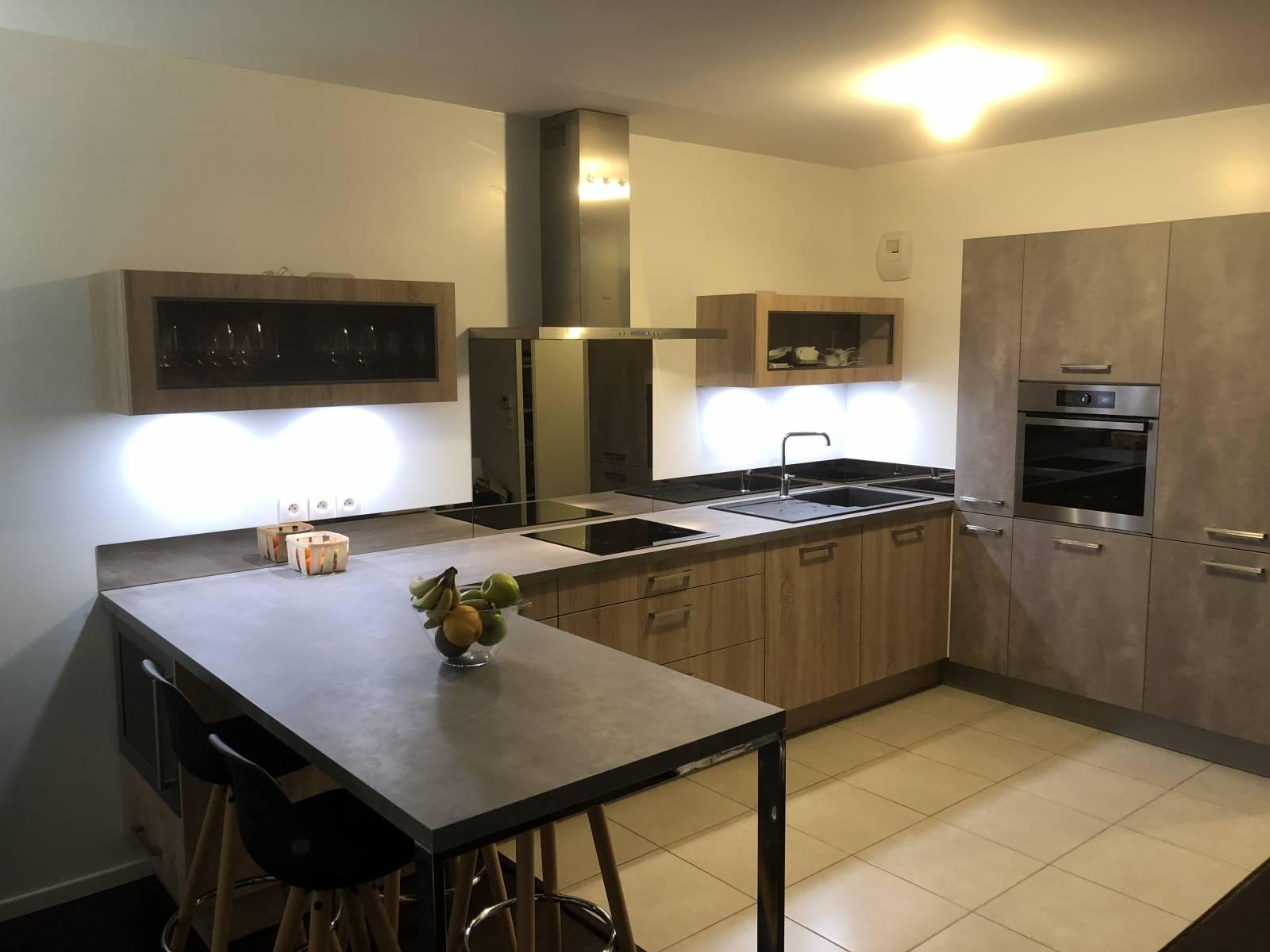 cuisine am nag e install e cenon conception de cuisines allemandes libourne cuisiligne. Black Bedroom Furniture Sets. Home Design Ideas