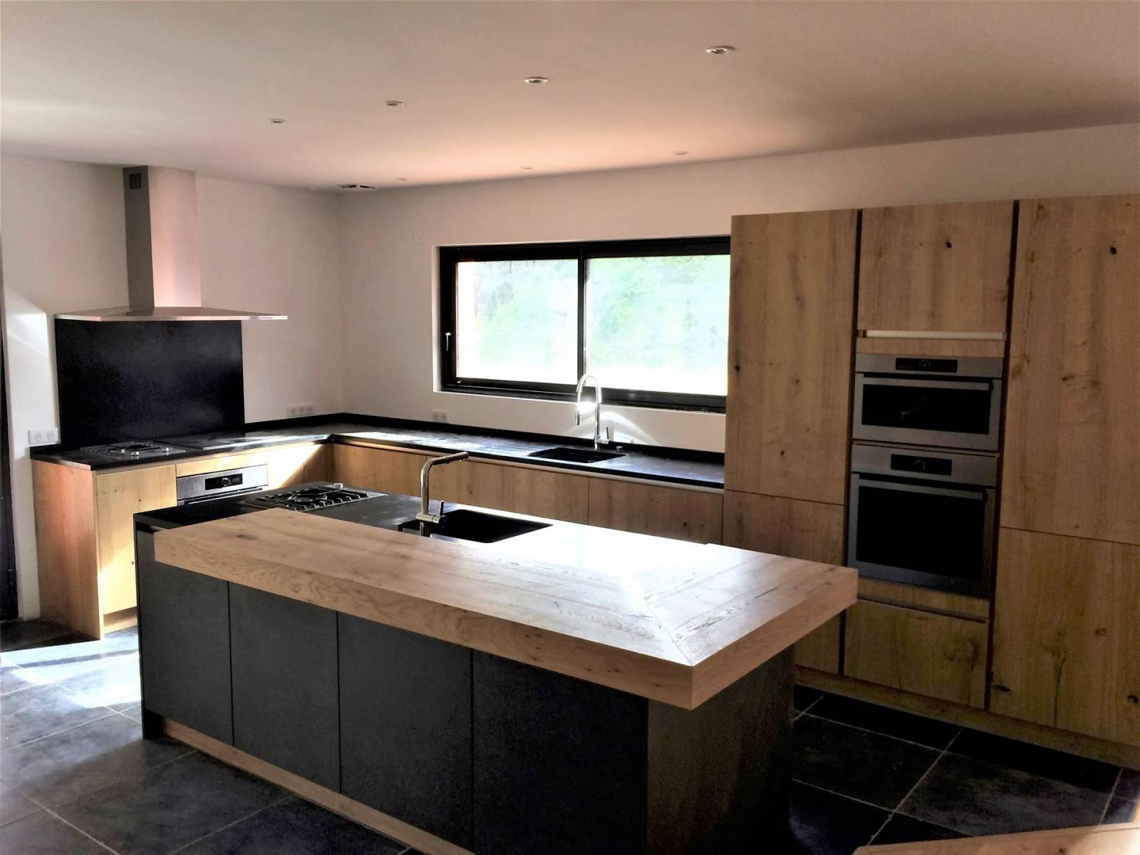 acheter cuisine avec lot central libourne conception de cuisines allemandes libourne. Black Bedroom Furniture Sets. Home Design Ideas